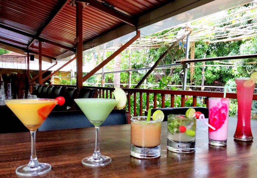 mocktails, cocktails, drinks, mango blast, pune bar
