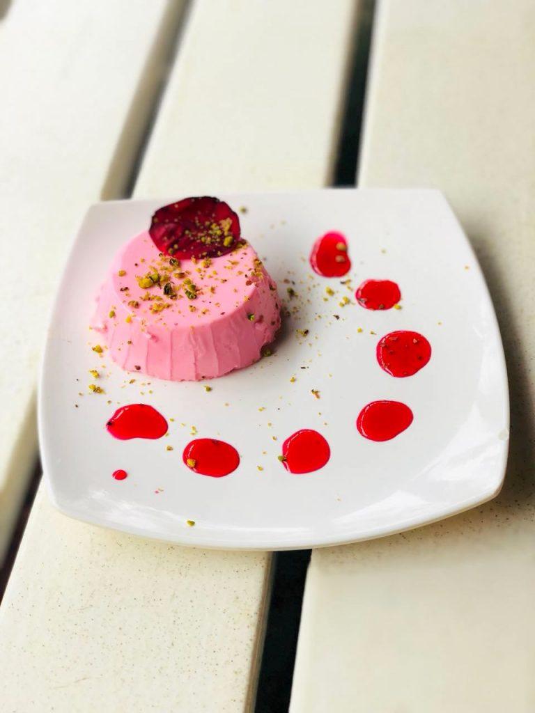 Rose panacotta , dessert, panacotta, sweet, pune dessert